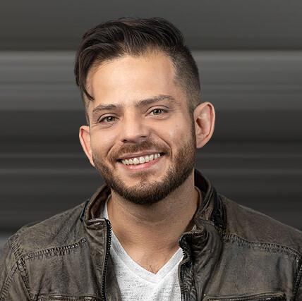 Carlos Yazik